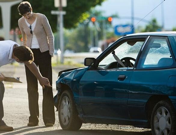 Скупка битых авто - выход из тяжелой ситуации
